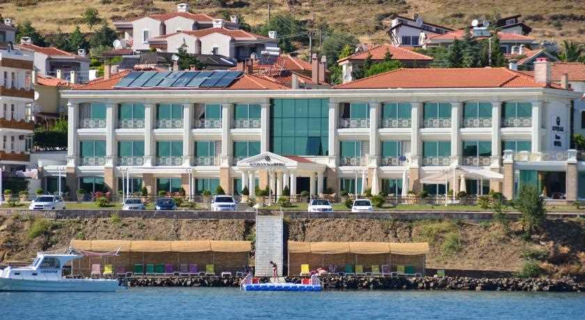 Cunda Kıvrak Hotel