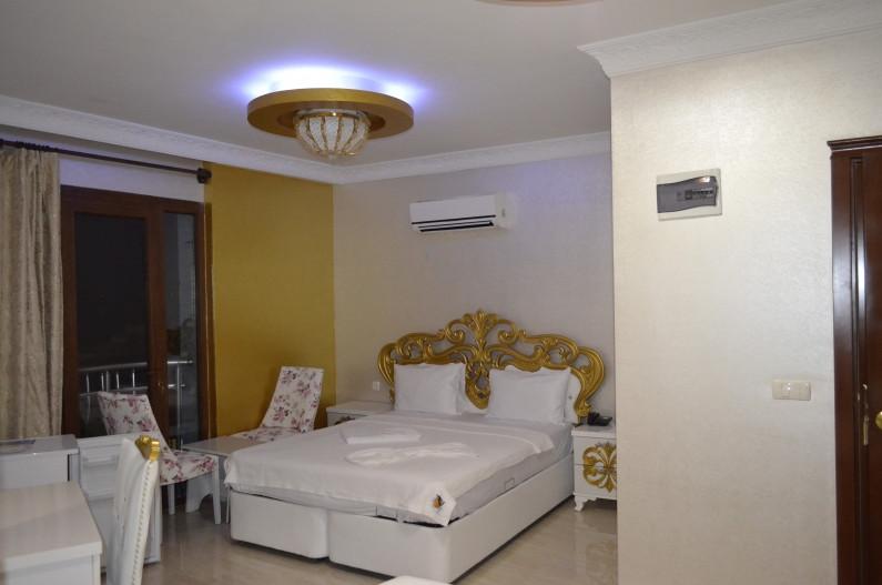 Alev Palace Otel