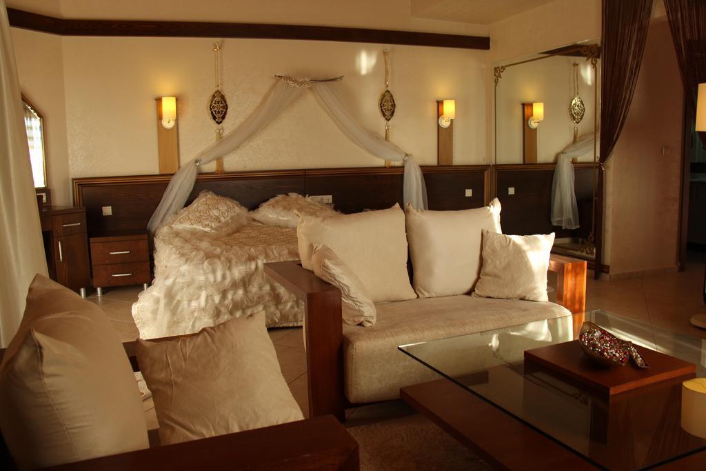 Gümüş Hotel
